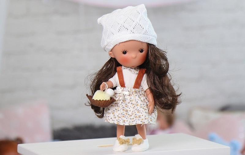 испанските кукли Llorens, ръчна изработка от uwear.bg